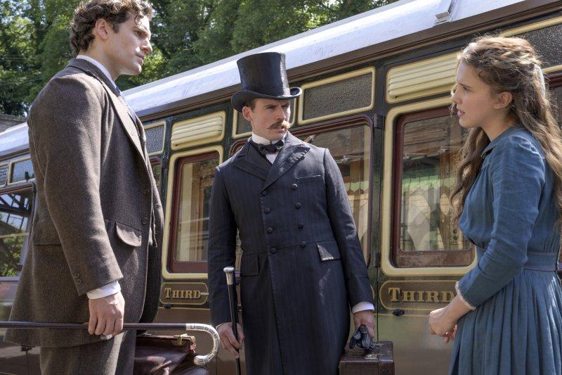 """Eleven & Superman jadi kakak beradik di film """"Enola Holmes"""""""