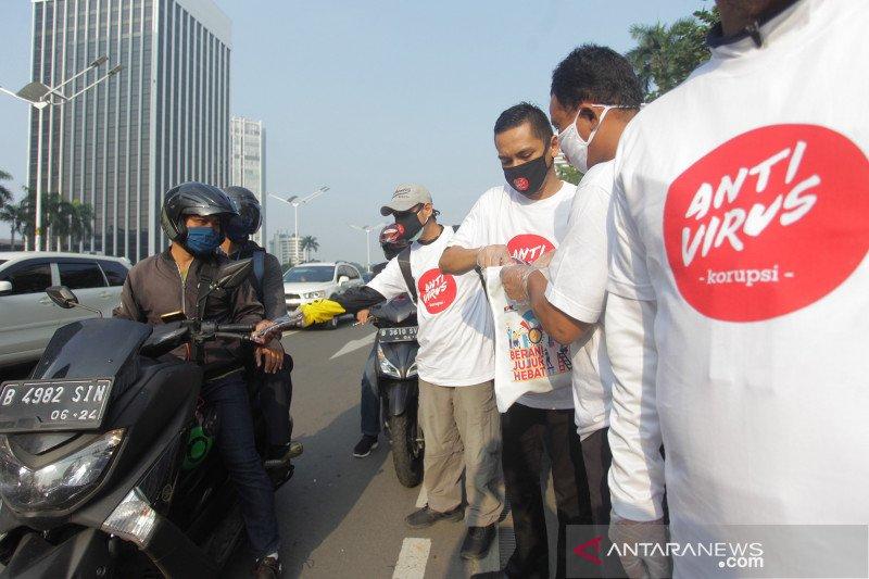Kampanye anti virus korupsi melalui masker