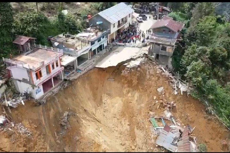 BPBD Sulsel laporkan tujuh rumah hancur akibat longsor di Palopo