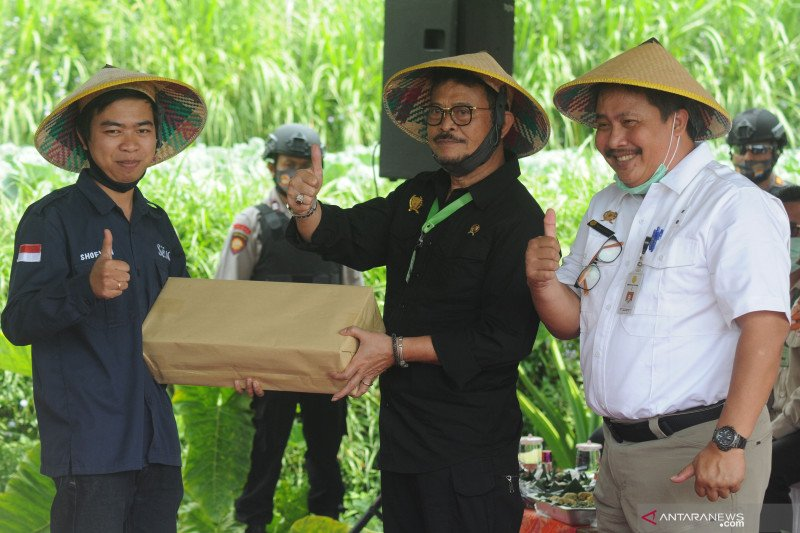 農業大臣、年末までの食料確保を保証