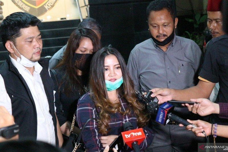 Kemarin, kebebasan bersyarat John Kei hingga tersangka jenazah Corona
