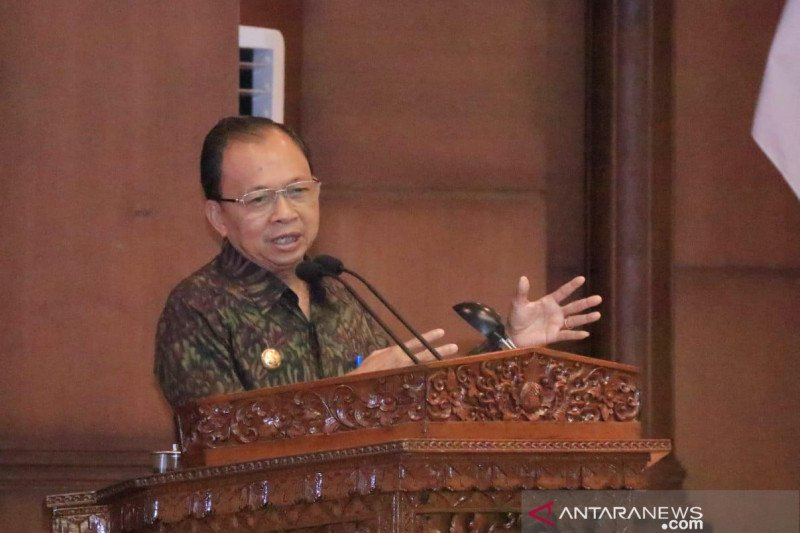 Gubernur minta DPRD Bali tak lama bahas Raperda Rencana Energi Daerah