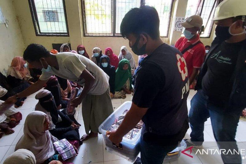 MCK-sarana air bersih dibangun PMI di penampungan Muslim Rohingya Aceh