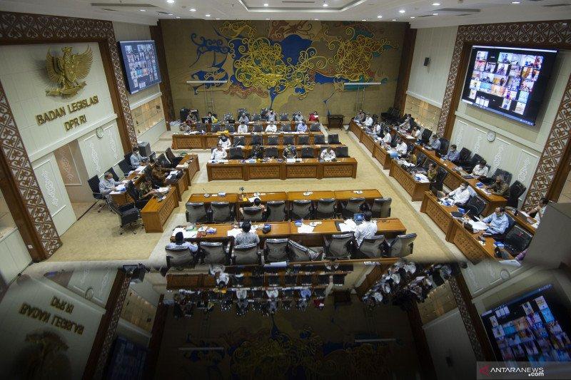 RUU Cipta Kerja siap disetujui menjadi UU dalam rapat paripurna