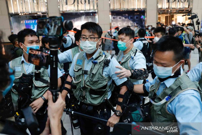 Hong Kong sangkal China masuki perairannya untuk tangkap 12 warga