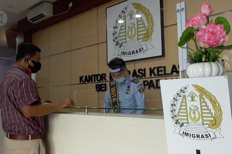Imigrasi Belakang Padang kurangi kuota pengurusan paspor