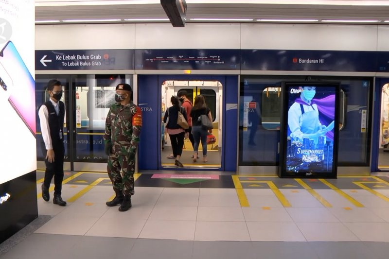 Jumlah penumpang MRT Jakarta diprediksi naik