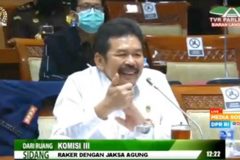 Kasus Jiwasraya, Kejagung pastikan satu pejabat OJK sebagai tersangka