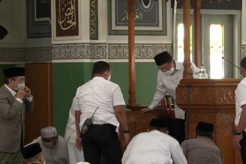 JK apresiasi shalat Jumat perdana di Masjid Agung Al Azhar