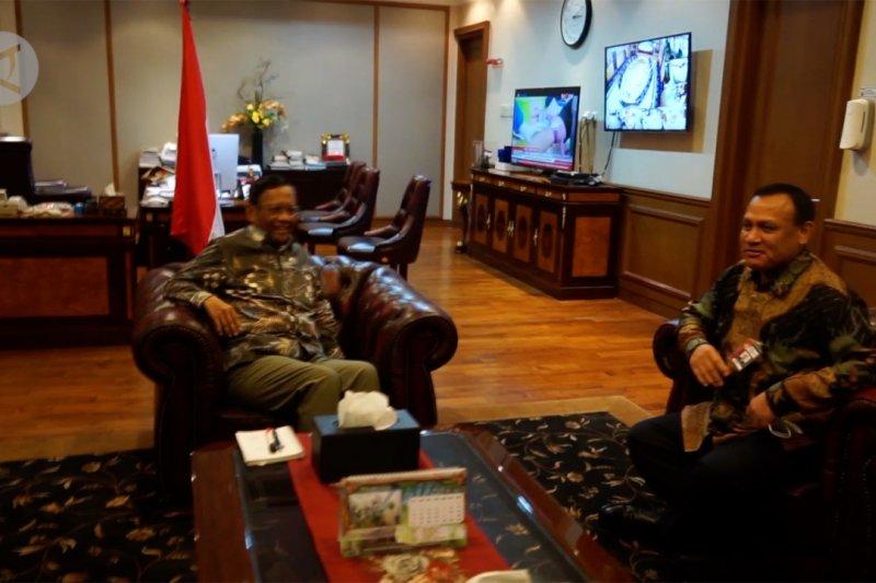 Panggil Ketua KPK, Mahfud MD dorong penegakan hukum