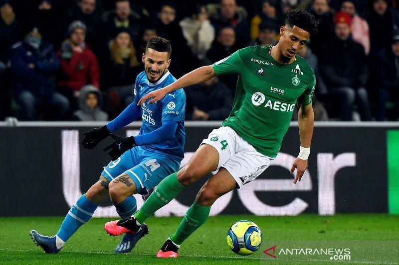 Bek muda Arsenal diizinkan habiskan musim di Saint-Etienne