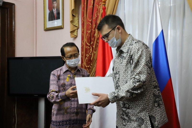 Dubes serahkan surat penunjukan konsul kehormatan di Vladivostok