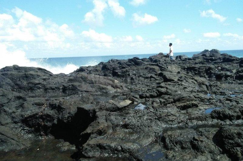 Seorang pelajar SMA hilang di laut Lombok Barat ketika berswafoto