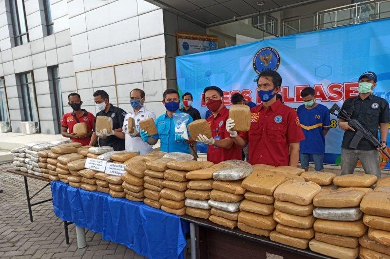 BNN Provinsi Banten gagalkan penyelundupan 298 Kg ganja asal Aceh