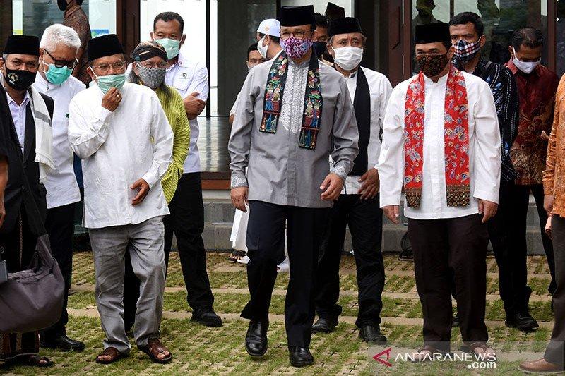 Jusuf Kalla ajak masyarakat makmurkan Masjid Amir Hamzah