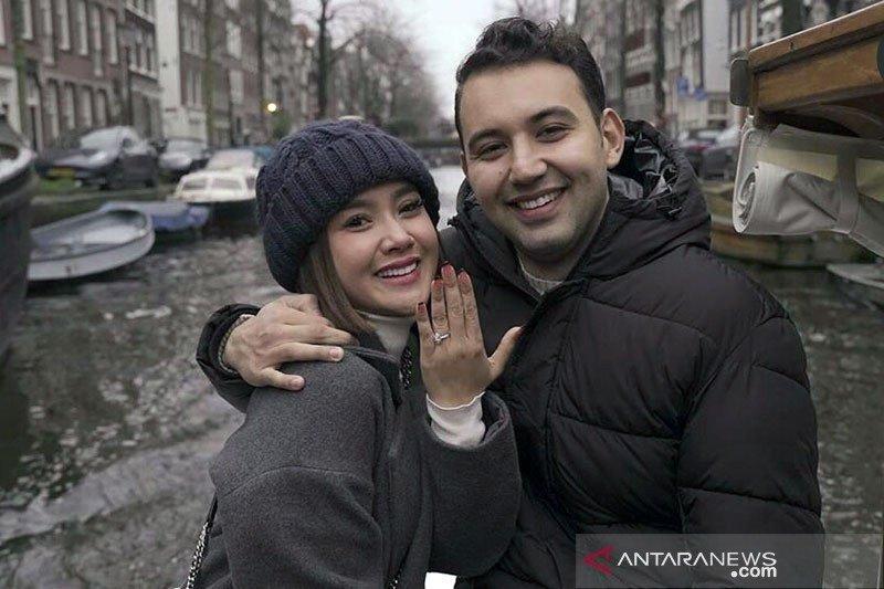 Kemarin, Cita Citata batal menikah hingga mantan Goo Hara dipenjara