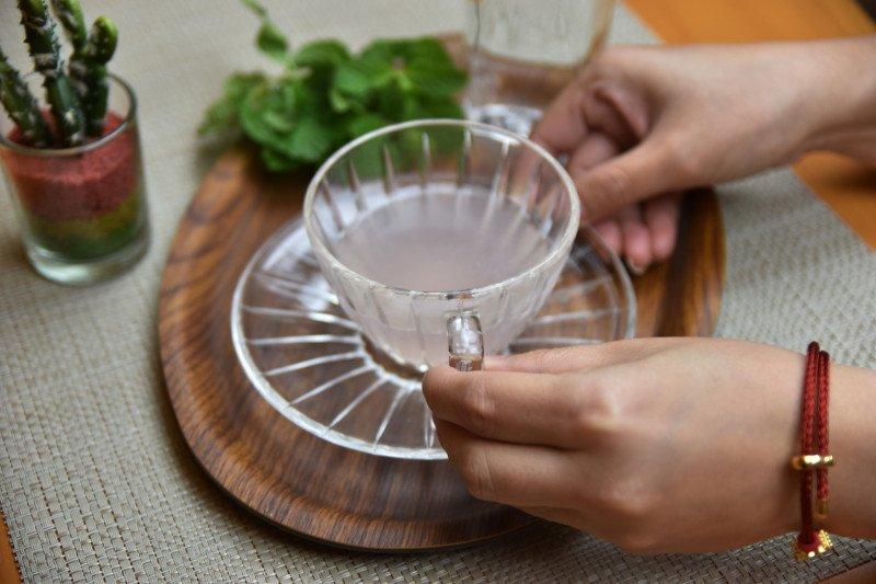 Enam kandungan minuman kesehatan yang bisa mempercantik kulit