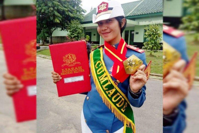 Putri Pariwisata Kotawaringin Timur lulus 'cumlaude' Akademi Militer