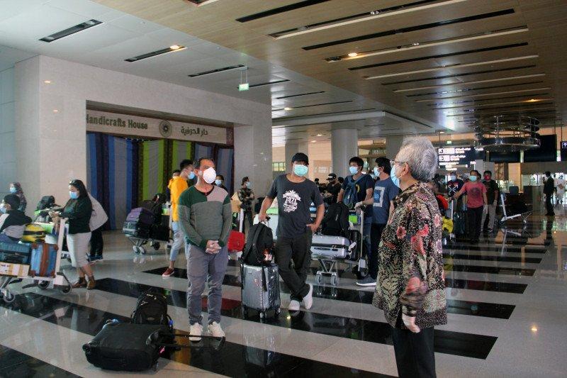 KBRI Muscat repatriasi 180 WNI dari Oman dengan penerbangan khusus