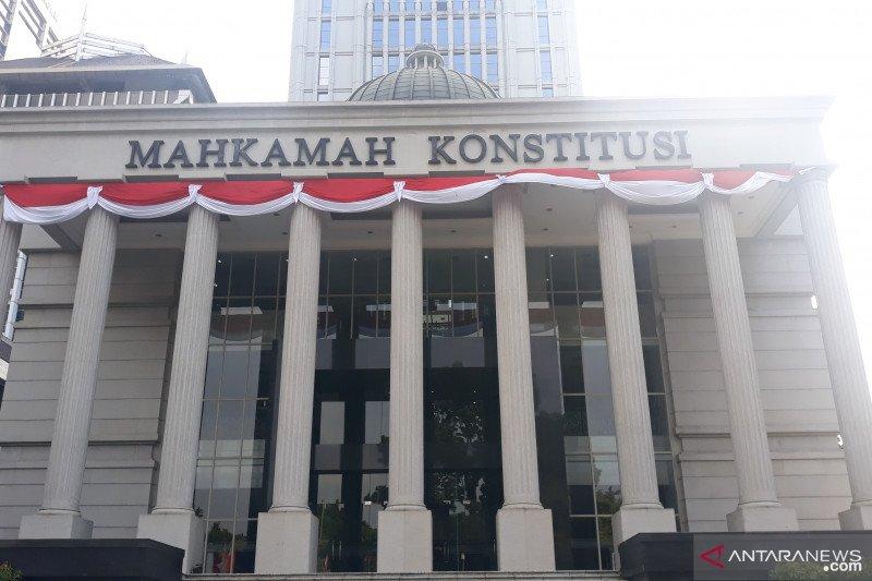 MK perintahkan DPR-Pemerintah selesaikan UU asuransi usaha bersama