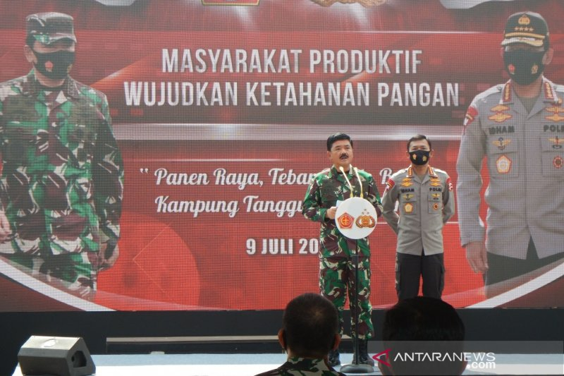 Panglima TNI-Kapolri resmikan 7.024 Kampung Tangguh seluruh Indonesia