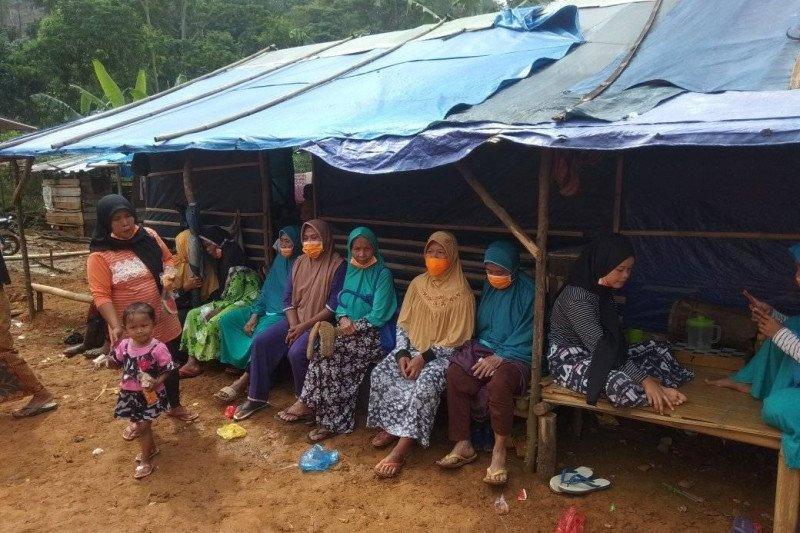 Warga korban bencana alam di Lebak minta direlokasi