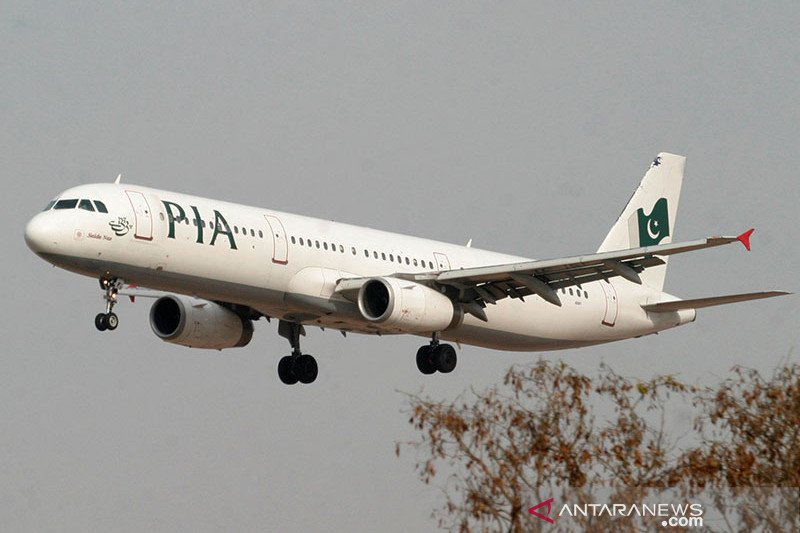 Sertifikasi pilot diragukan, maskapai Pakistan ditolak masuki AS