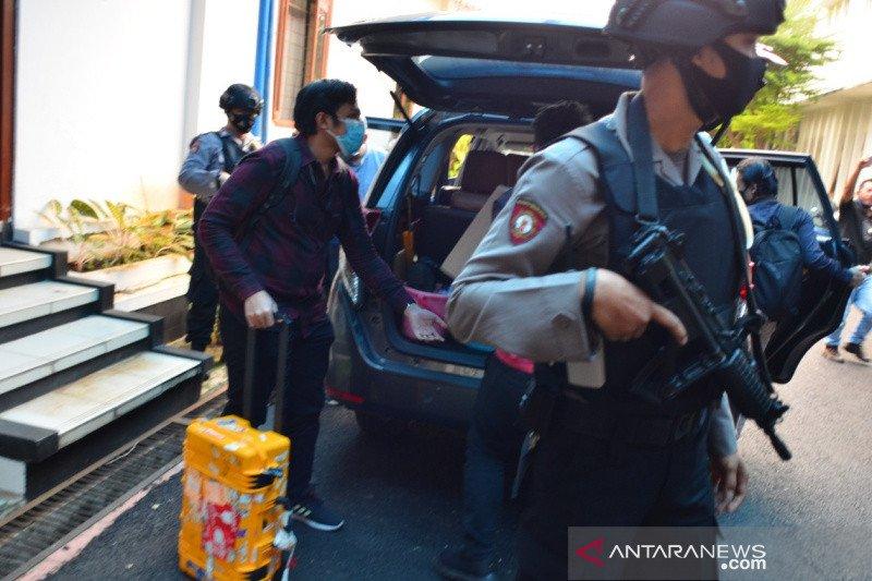 KPK sita sejumlah berkas dari kantor pemerintahan di Kota Banjar