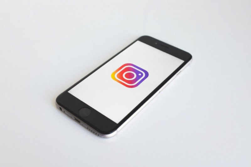 Instagram blokir konten