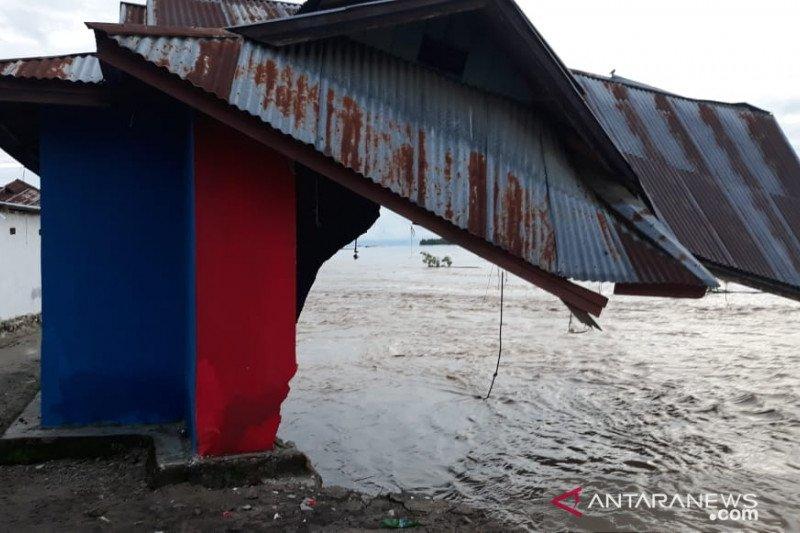 Enam rumah di Parigi Sulteng hanyut terseret banjir