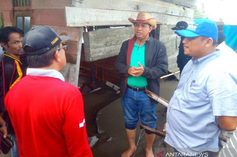 Anggota DPRA berharap pemerintah pusat atasi banjir rob di Aceh Barat