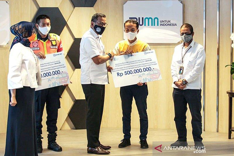 Erick Thohir beri apresiasi dua petugas KRL penemu uang Rp500 juta