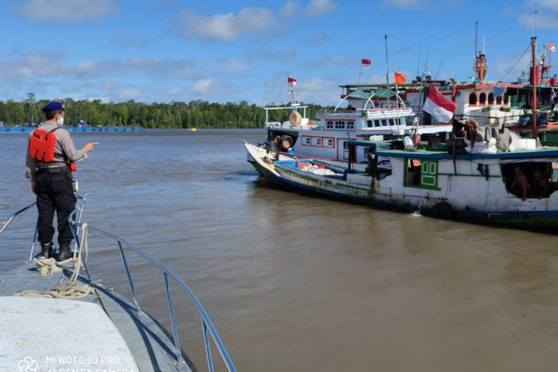 Polres Mimika patroli cegah gangguan kamtibmas di perairan Arafura