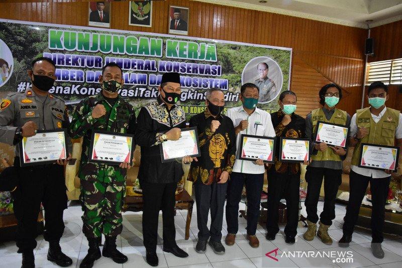 KLHK beri 47 penghargaan terkait penanganan konflik harimau di Riau