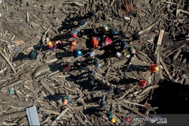 Tim SAR temukan lagi tiga jenazah korban banjir Luwu Utara