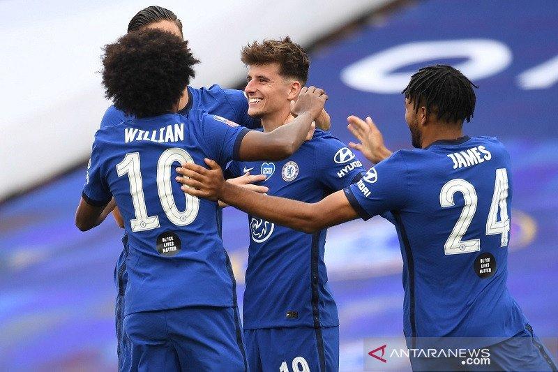 Tuntaskan revans, Chelsea sisihkan MU 3-1 menuju final Piala FA