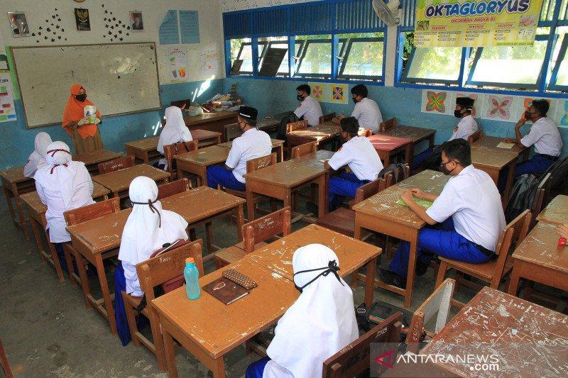 Ketua MPR minta pembukaan sekolah di zona hijau dikaji ulang