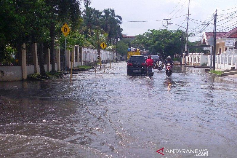 Pekerjaan berat atasi bencana hidrometeorologi di Sumsel
