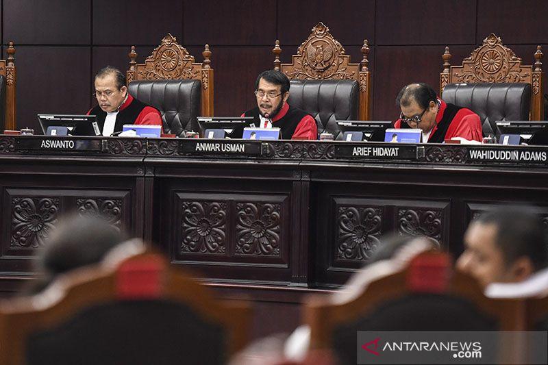 Mantan Hakim MK: Paslon suara terbanyak kedua bisa menang Pilkada