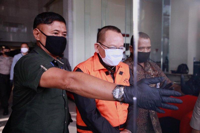 Tersangka Nurhadi dikonfirmasi dokumen yang disita terkait kasusnya