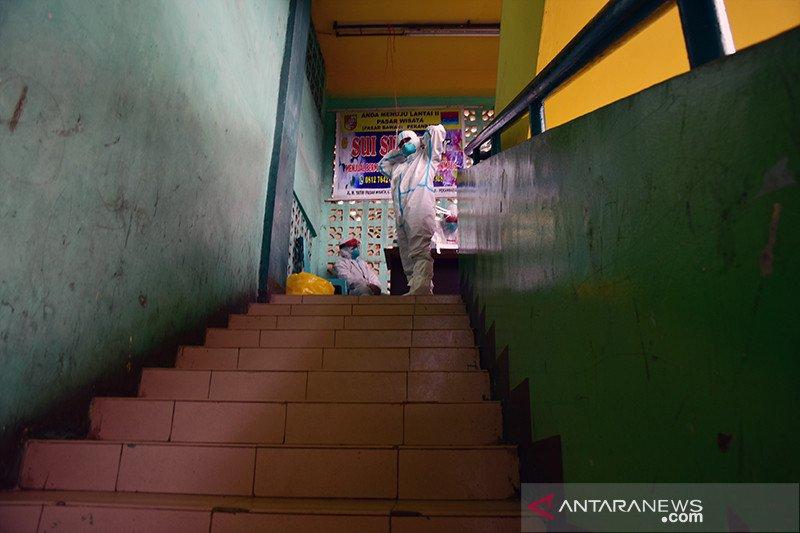 500 pegawai RSUD AA Riau uji usap karena 16 nakes positif COVID-19
