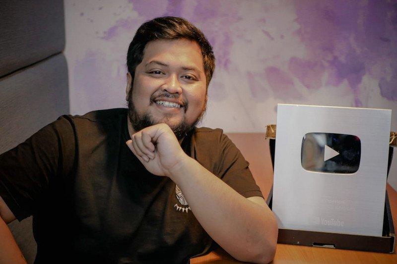 Tinggalkan sulap, Azkanio Panda alih profesi sebagai Youtuber