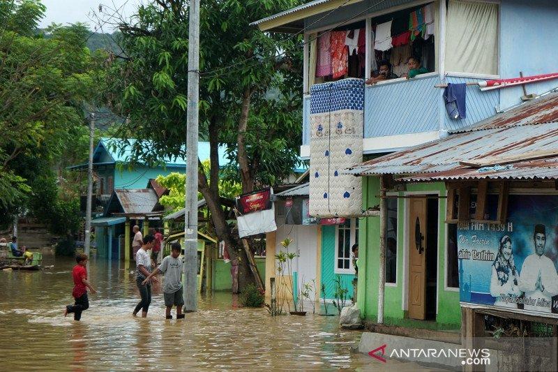 Luapan sungai Bone Gorontalo rendam rumah warga di dua Kecamatan