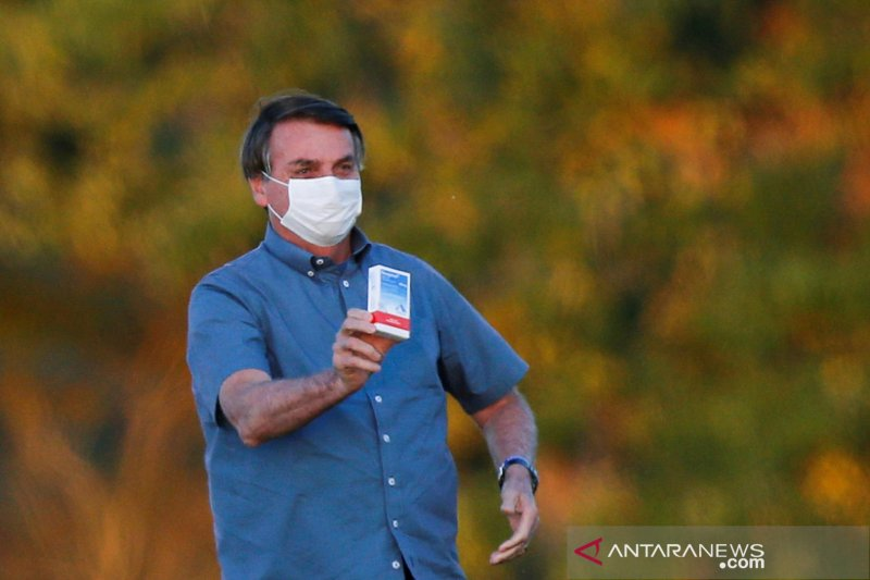 Hasil tes COVID-19 Presiden Brazil Bolsonaro akhirnya negatif