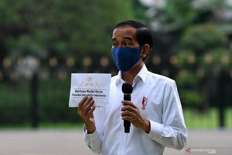 Jokowi ajak pedagang kecil bersyukur