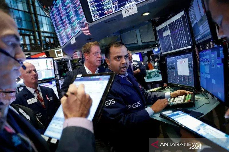 Wall Street melambung, Indeks Dow Jones melonjak 373,05 poin