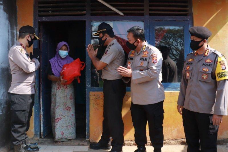 Bhara Daksa 91 bagikan sembako bantu masyarakat terdampak COVID-19