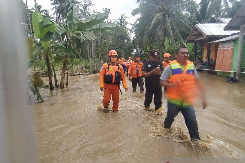 Basarnas evakuasi korban banjir Bone Bolango