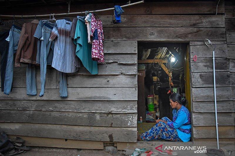 Hari Listrik Nasional, YLKI harap daerah terisolasi dapat listrik