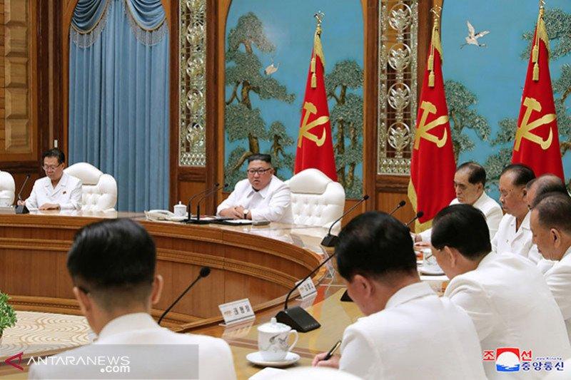 Kim Jong Un minta pejabat antisipasi COVID-19 dan topan